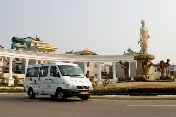Hanoi Mini-Van for Conference/ 8Hours