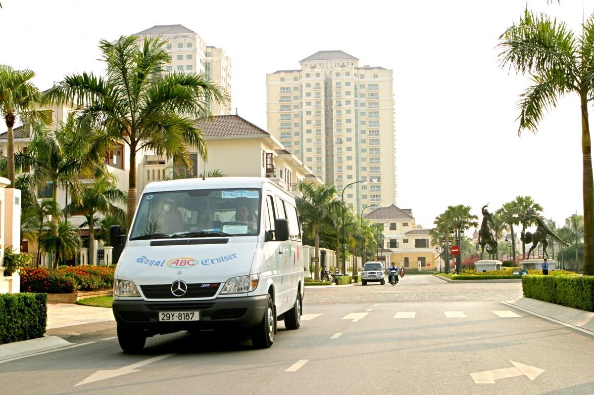 Hire van in hanoi - 1day city