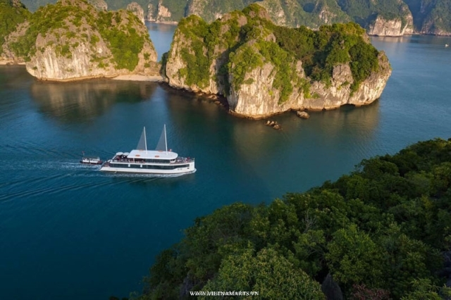 Hanoi City and Halong Bay 1day Cruise with Jade Sail