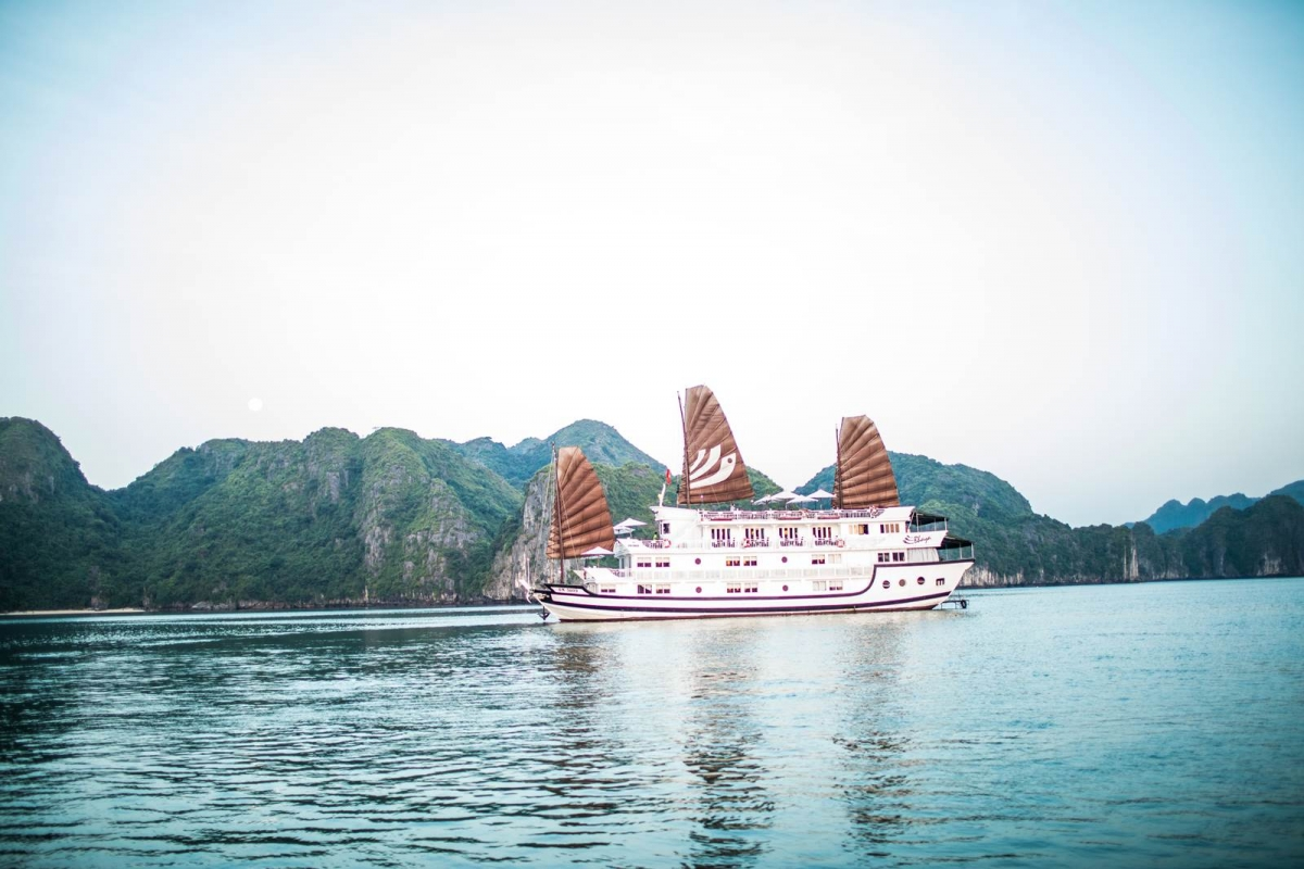 Halong chartered cruise - 3days 2nights