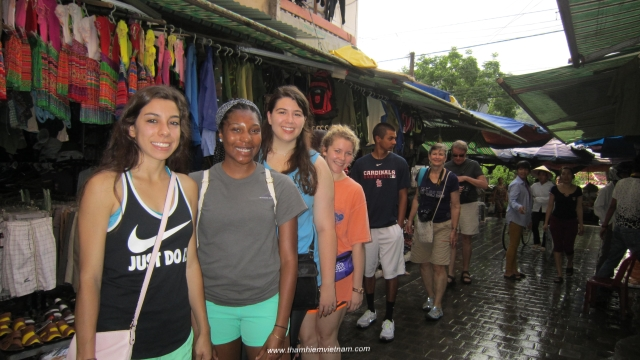 Student groups with School trip with Vietnam pathfinder